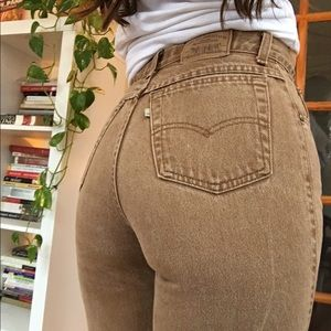 vintage brown levi's high waisted jeans